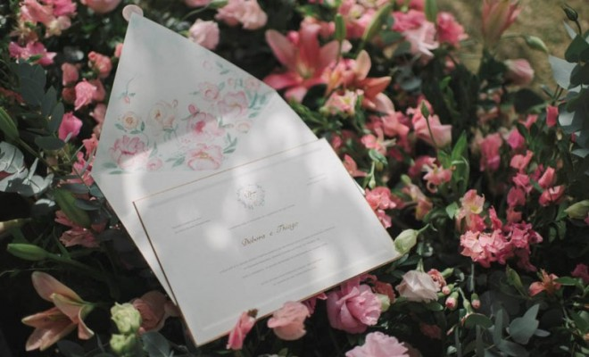 casamento-ao-ar-livre-convite-com-aquarela-foto-renata-xavier-660x400
