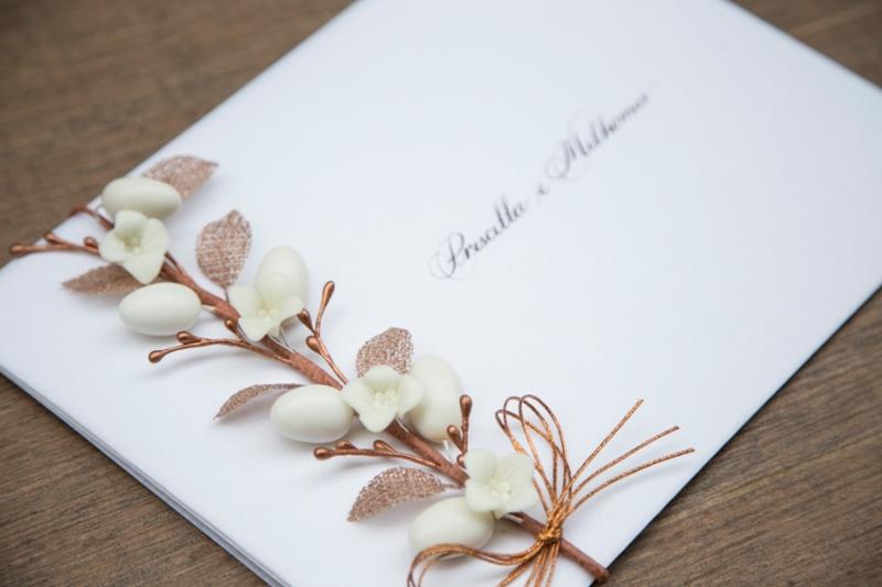 convite-de-casamento-com-flores-casamento-moderno-sao-paulo-priscilla-milo